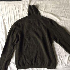 Banana Republic Wool Sweater Size M